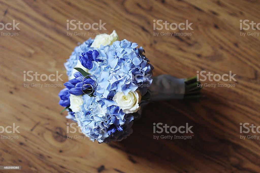 Schone Hochzeit Bouquet Und Ringe Blumen Stock Fotografie Und Mehr