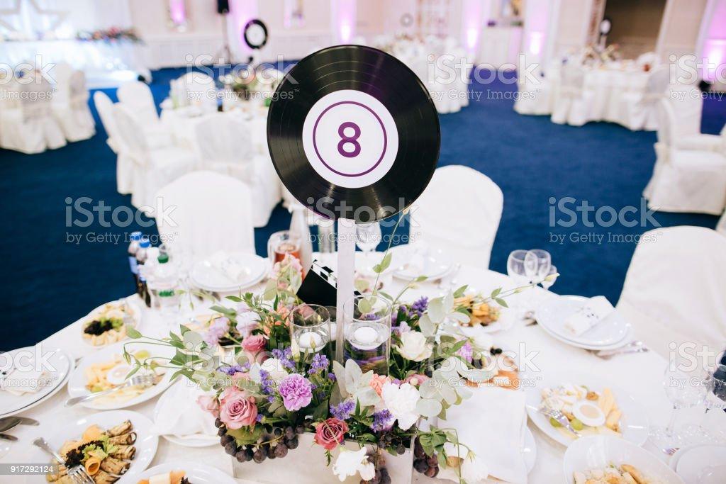 Beau Mariage Lot De Tables Decoration Avec Des Fleurs Fraiches Et De