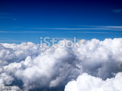 925925874 istock photo Beautiful white Cumulus clouds in the blue sky 925925800