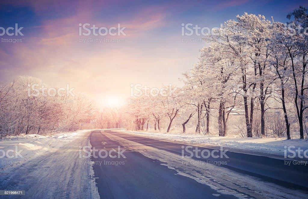 Schöne winter-Sonnenaufgang über den highway – Foto