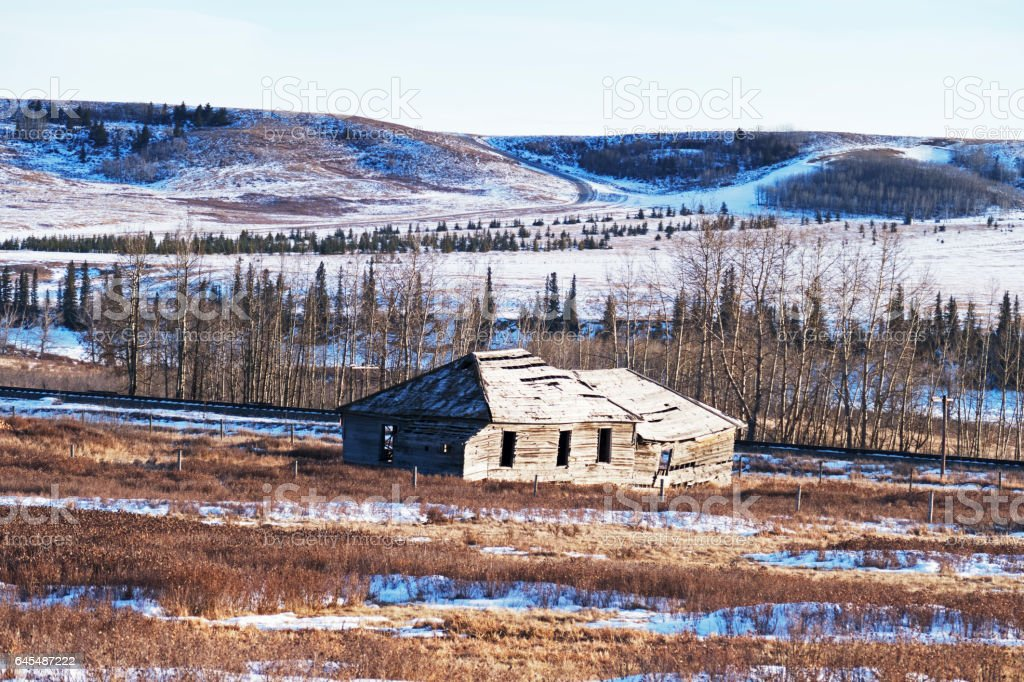 Beautiful wintry landscape with view of the remnants of the old Glenbow Store in the  Glenbow Ranch Provincial Park,a provincial park located in the Bow Valley , between the city of Calgary and the town of Cochrane in Alberta,Canada stock photo