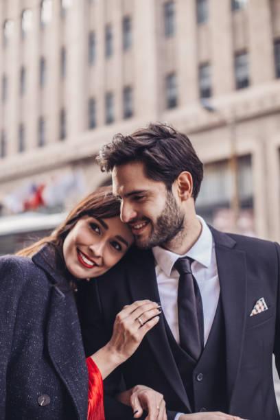 Schöne Frau und gut aussehend gentleman – Foto