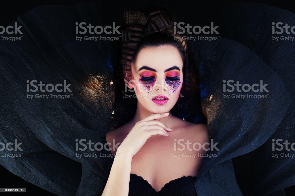 Hermosa mujer. Retrato de fantasía - foto de stock