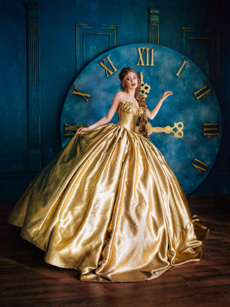 Beautiful woman in a ball gown picture id659272264?b=1&k=6&m=659272264&s=612x612&w=0&h= fjiuj2hn2u7dw6efm7y5o3e4cqtynb5o9xbvibxp9i=