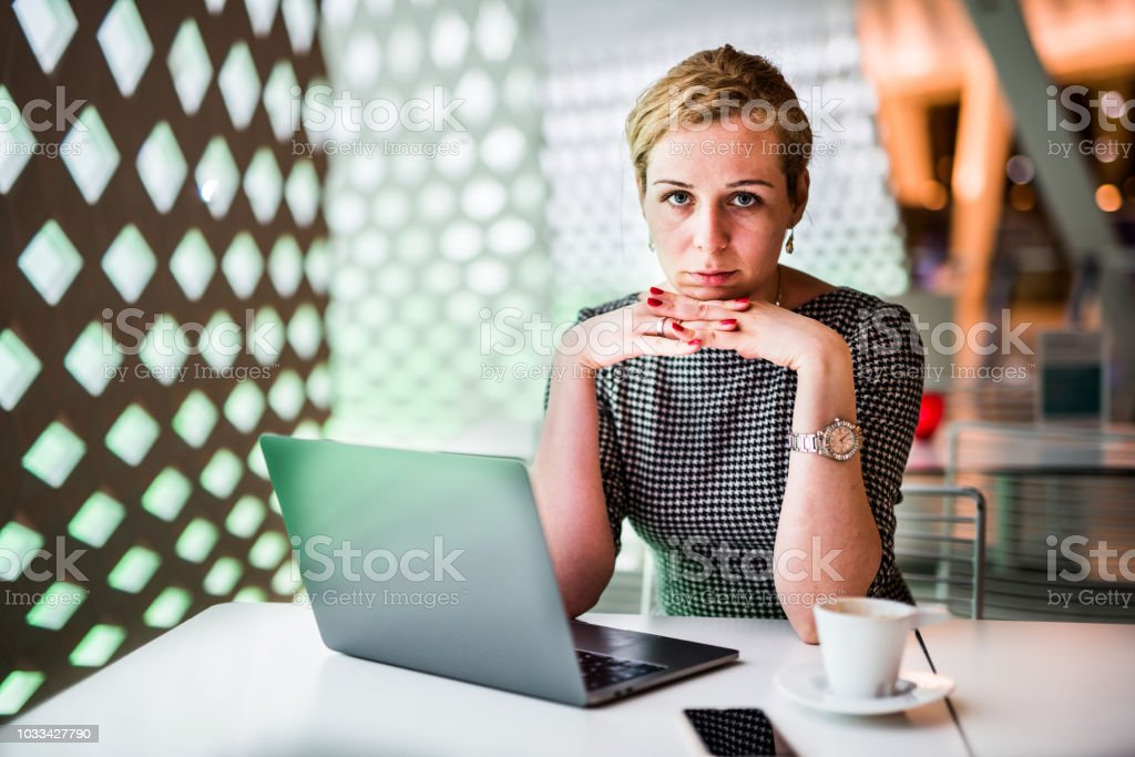 Portrait of businesswoman.