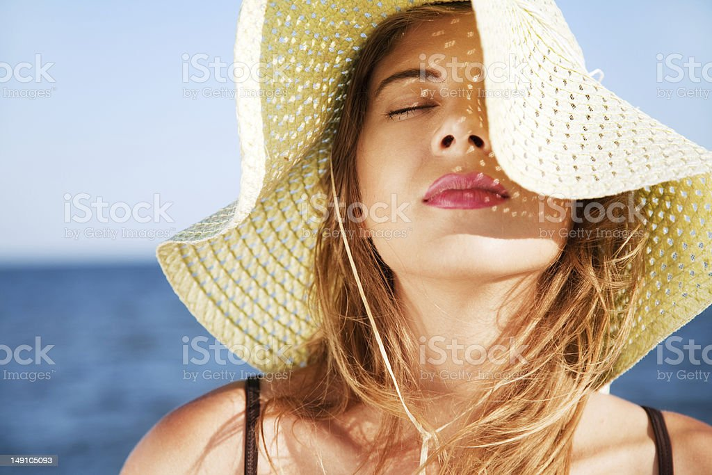 Beautiful woman on a beach - Royalty-free Adult Stock Photo