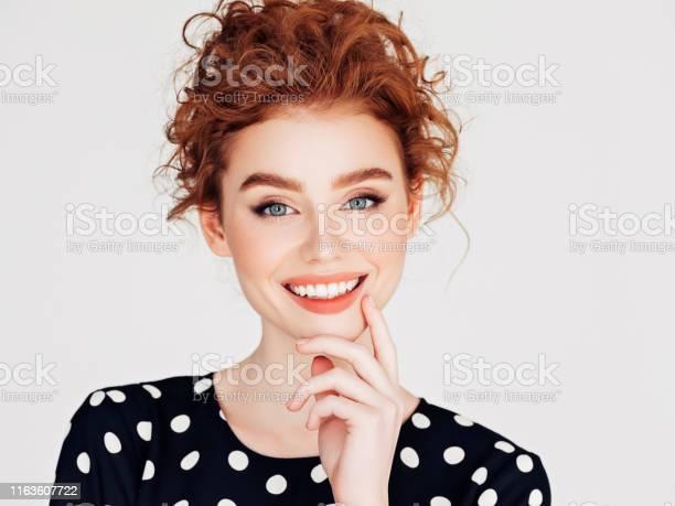 Beautiful woman picture id1163607722?b=1&k=6&m=1163607722&s=612x612&h=noxjbhzv2zp6ftalj4qjj5osbkxaq1kptozbhg90dj4=