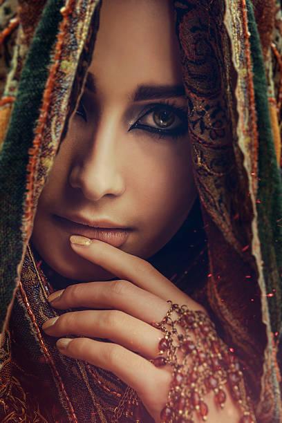 Best Beautiful Women Wearing A Hijab Stock Photos ...