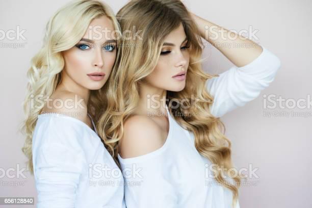 teens-blonde-teen-model-girl-wild-sex