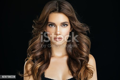 istock Beautiful woman 829758228