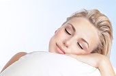beautiful-woman-sleeping-picture-id470830228?s=170x170 Urhebervermerk für visuelles Material %tags