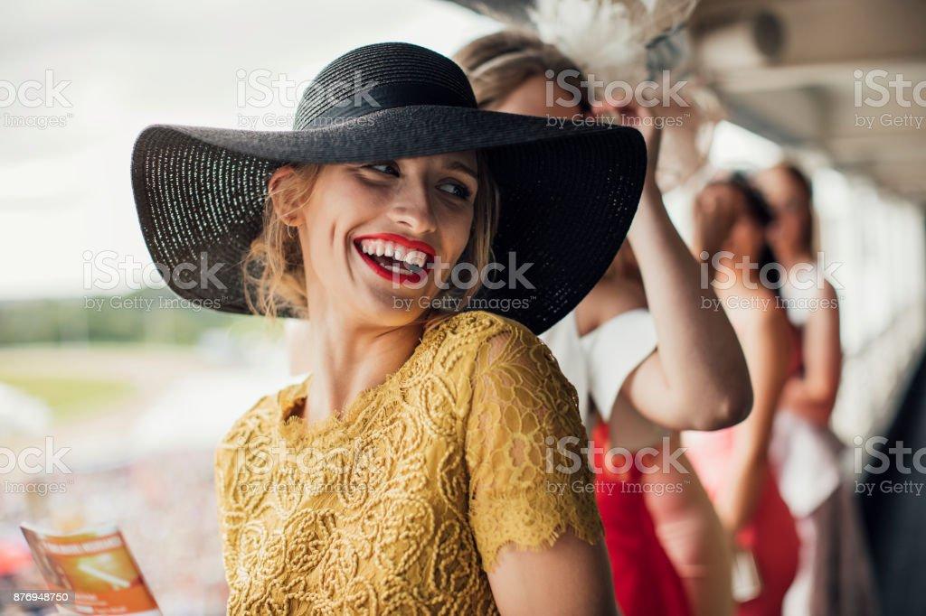 Belle femme souriant - Photo