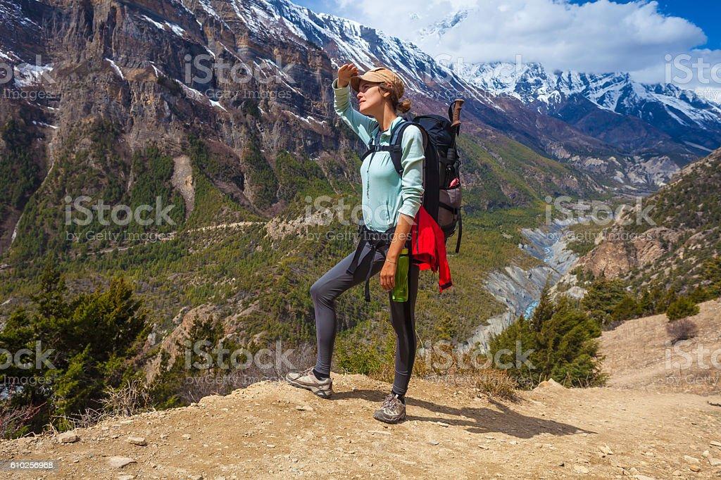 Beautiful Woman Traveler Backpacker Mountains Path.Young Girl Looking Top стоковое фото