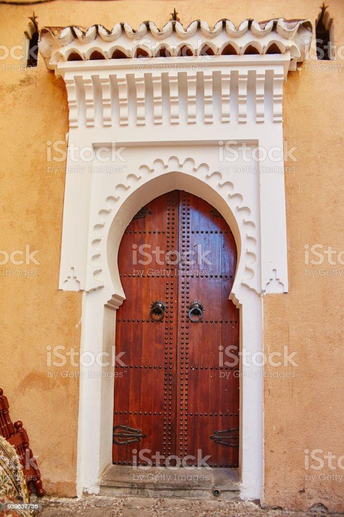 Hermosas Puertas De Madera En Las Calles De Marruecos Puertas