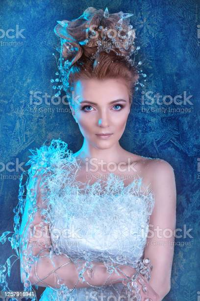 Beautiful young girl in a snow queen costume model in winter ice picture id1257916941?b=1&k=6&m=1257916941&s=612x612&h=qsxra51yjuzxddl4sdvj4lcr1c1gcl7zlbfeuogacnu=