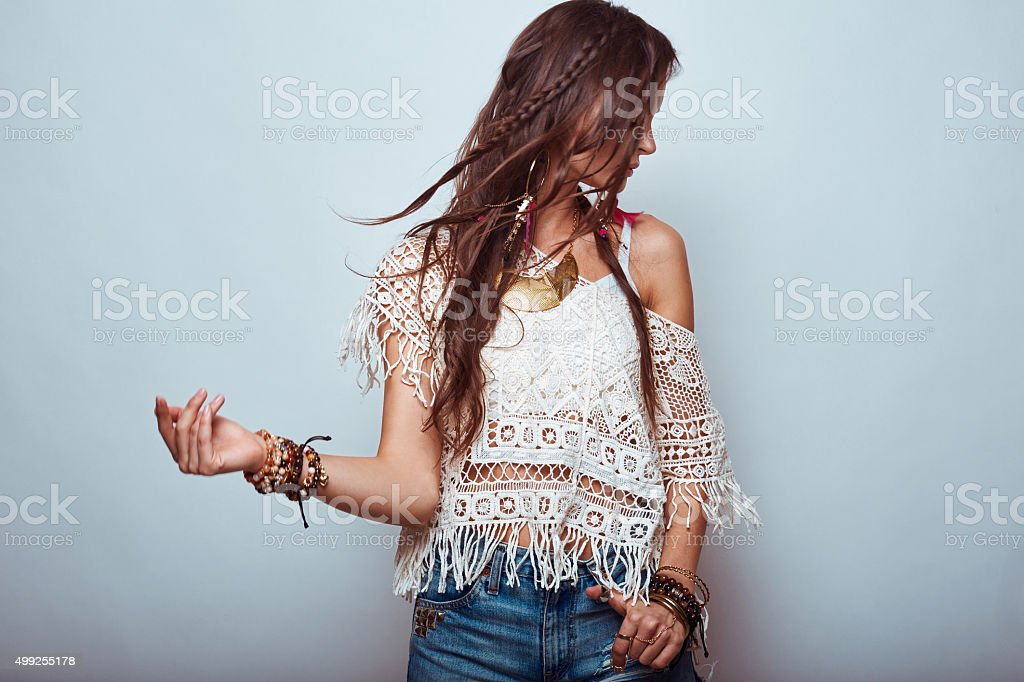 Belle jeune femme hippie - Photo