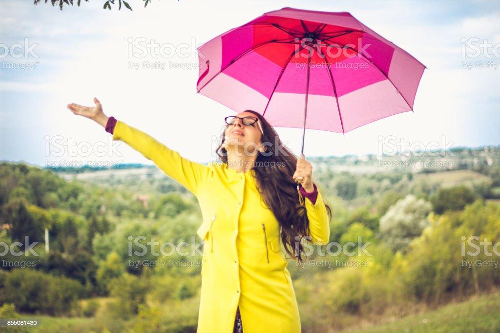 Umbrella, Rain, Walking, Smiling, Back, Phone