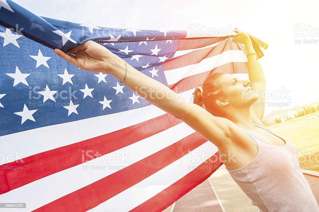 Hermosa joven mujer con bandera de los Estados Unidos - foto de stock