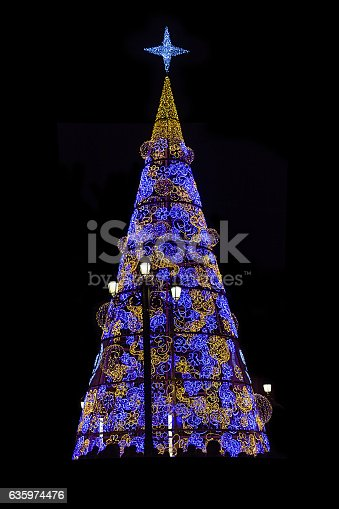 istock Beautifully decorated christmas tree in the historic center of S 635974476