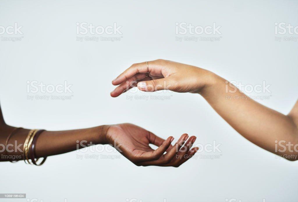 美しく柔らかな手があなたの範囲内 - 2人のロイヤリティフリーストックフォト