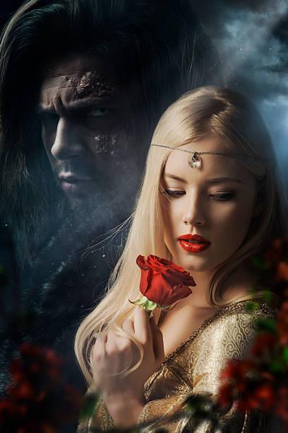 la belle et la bête - vampire femme photos et images de collection