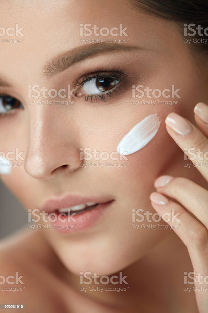 Beauty Cosmetics. Closeup Of Attractive Sexy Smiling Girl Face With...
