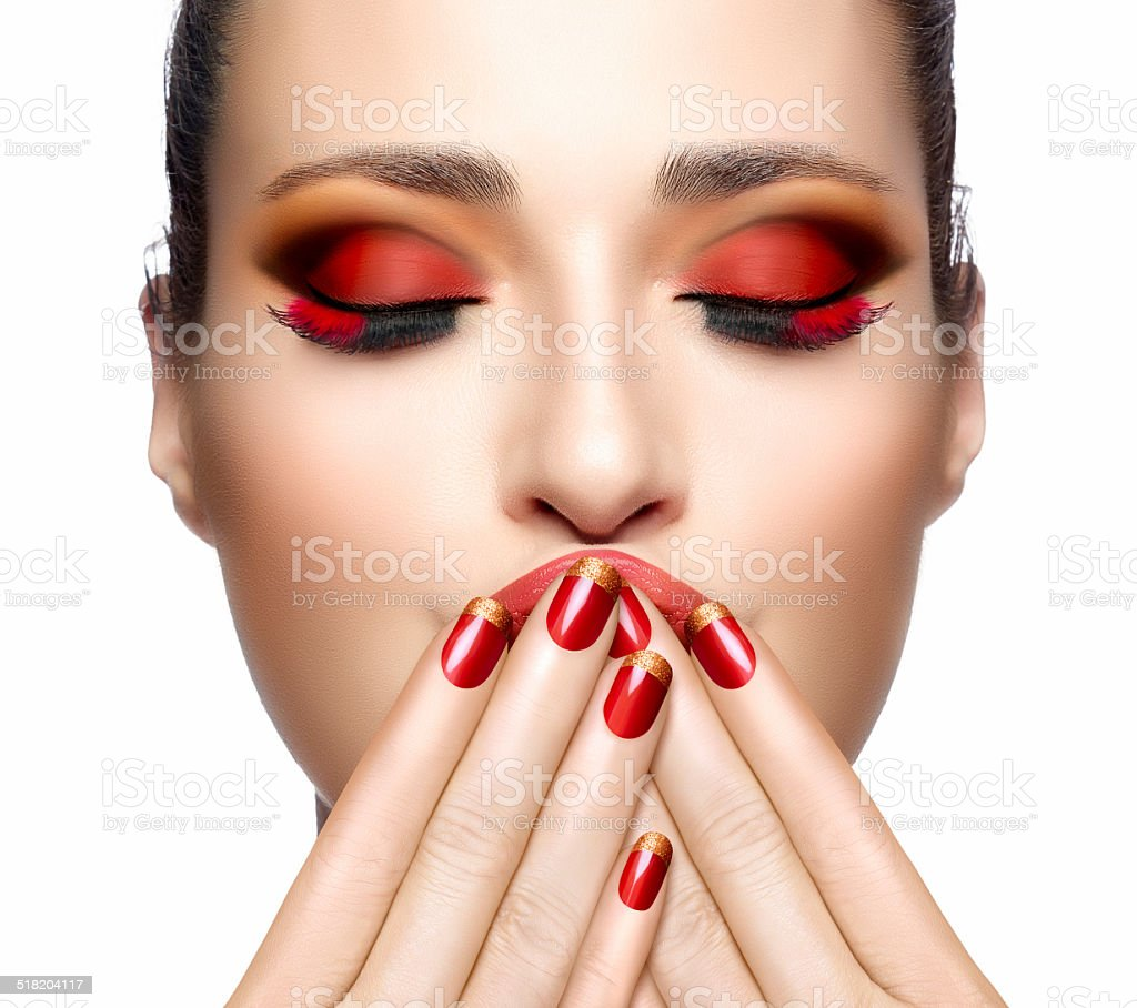 Schönheit Mode Mädchen Nagel Kunst Und Makeup - Stockfoto   iStock