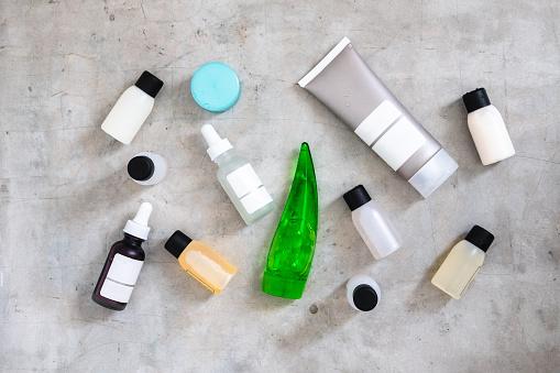 istock Beauty products minimlist flatlay 927848486