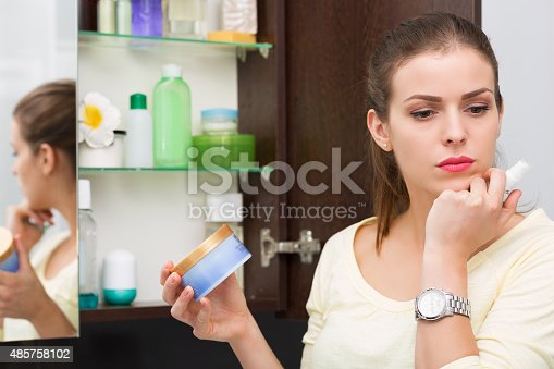 istock Beauty products 485758102