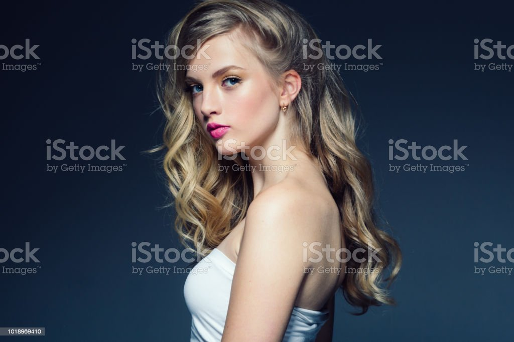 Beauty Woman Portrait Beautiful Girl With Long Wavy Hair Blonde Model Hairstyle