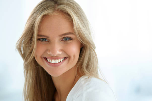beauty woman portrait. girl with beautiful face smiling - beautiful people stock pictures, royalty-free photos & images