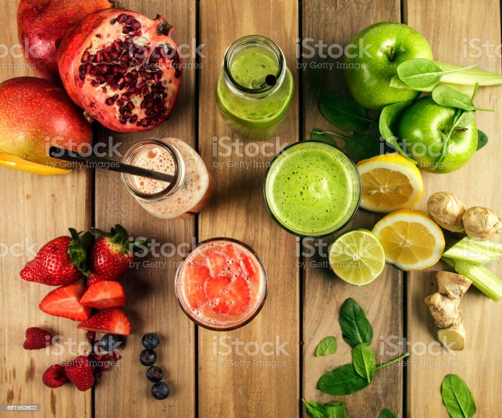 Bebidas con frutas frescas - Photo