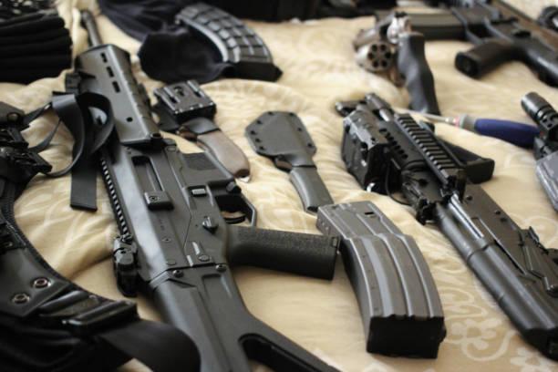 전체 총의 침대 - 무기 뉴스 사진 이미지