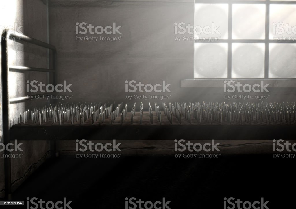 房間裡的釘子床 免版稅 stock photo