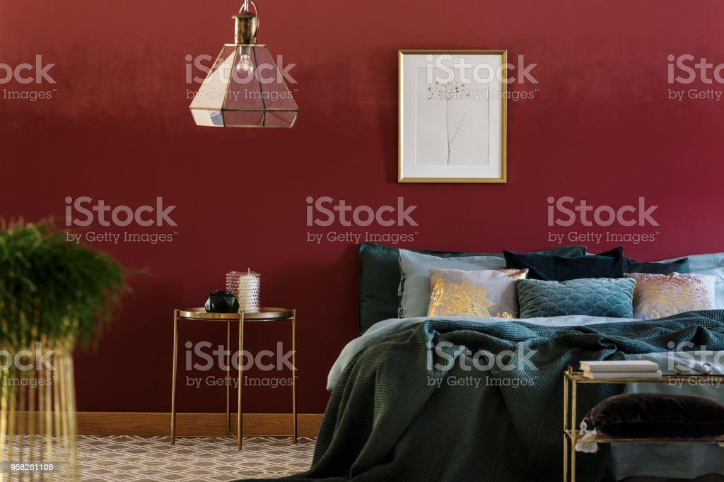 Bett Mit Vielen Kissen Stockfoto Und Mehr Bilder Von Bett