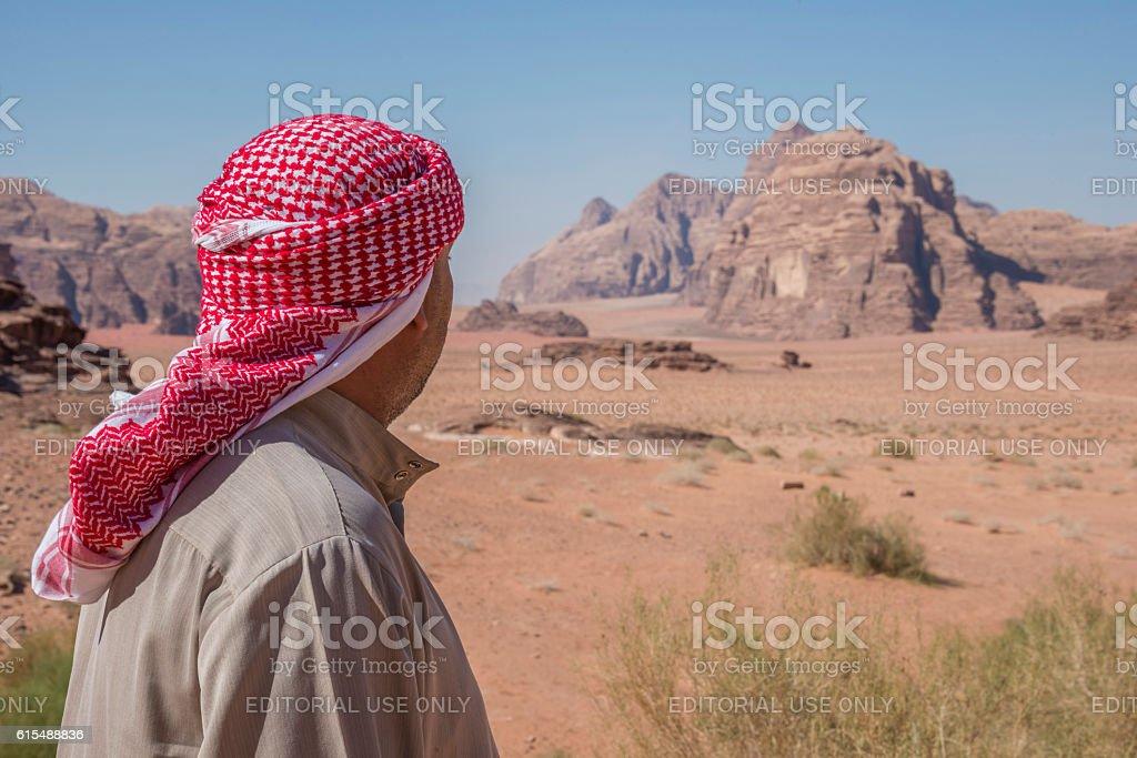 Bedouin in the desert of Wadi Rum - foto de stock