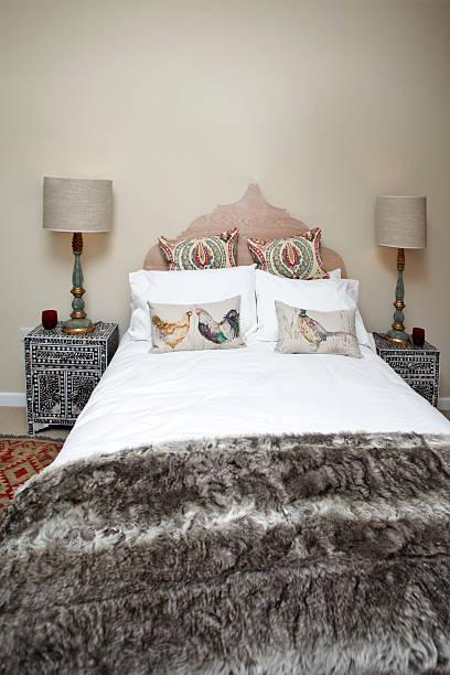 schlafzimmer innenansicht - do it yourself hochbett stock-fotos und bilder