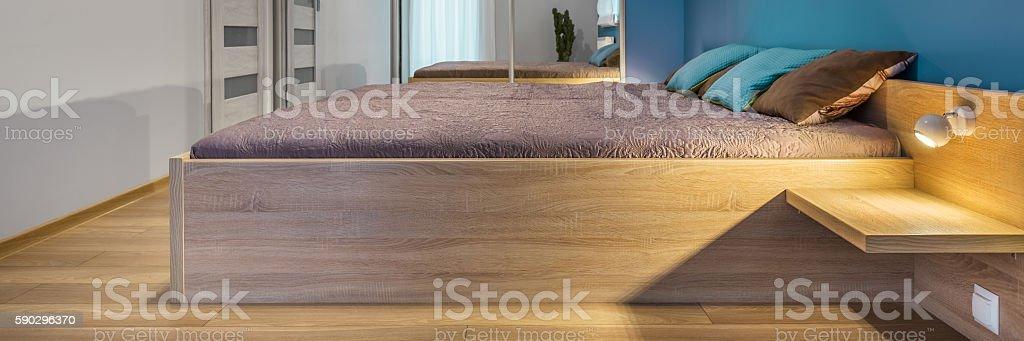 Bedroom with large bed royaltyfri bildbanksbilder