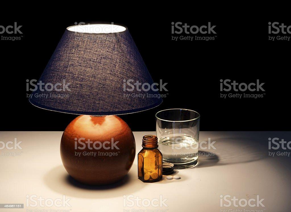 Tablettes Droit Photo Libre Table Avec Lampe De Chevet 8N0wvmn