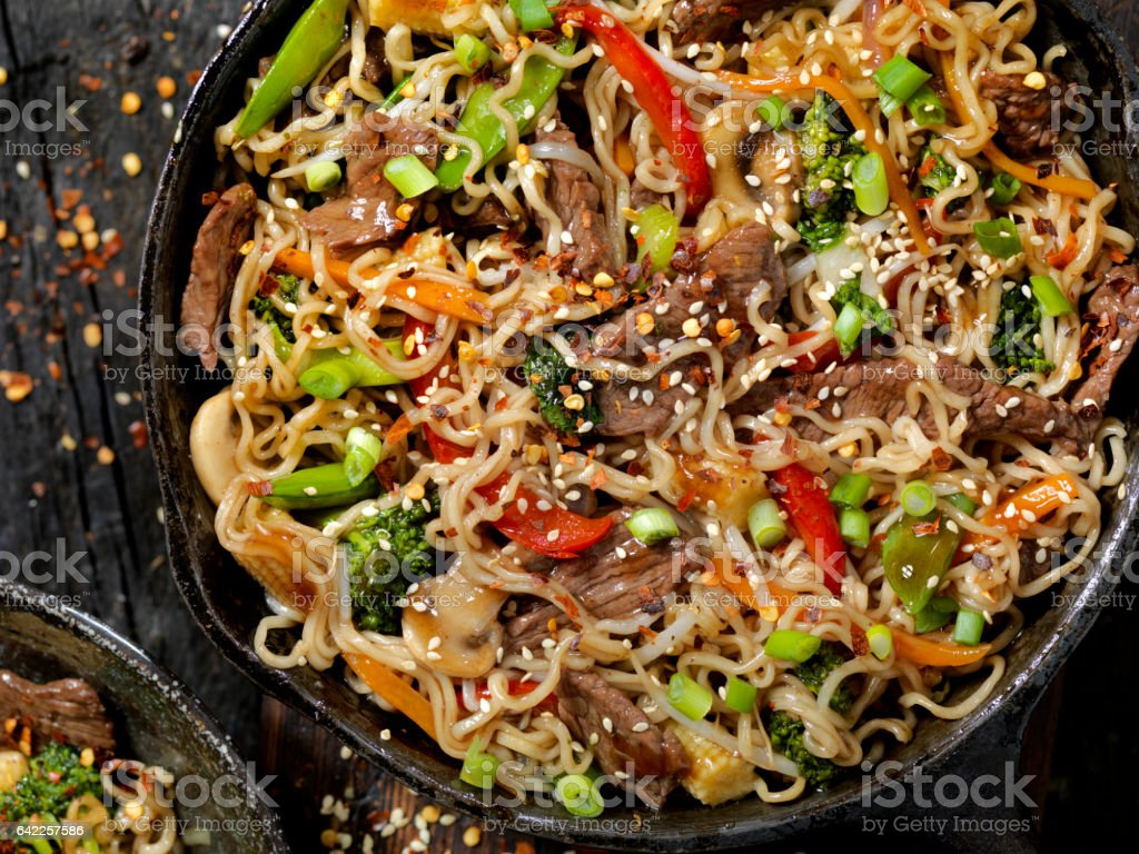 Beef and Broccoli With Ramen Noodles Stir Fry stock photo