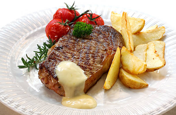 beef steak - sauce bernaise stock-fotos und bilder
