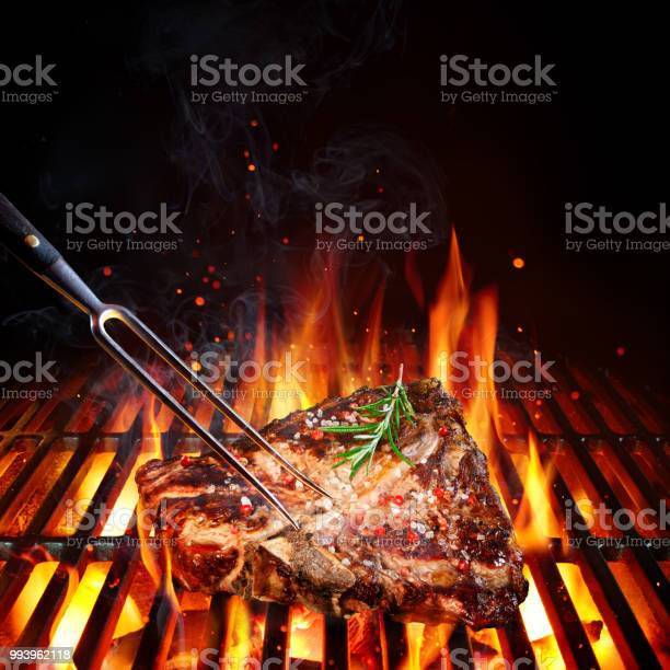 Beefsteak on barbecue grill with rosemary pepper and salt picture id993962118?b=1&k=6&m=993962118&s=612x612&h=byukygwpr9i 0o2huuahaho9ltvirsvowg1nv5hxfdc=