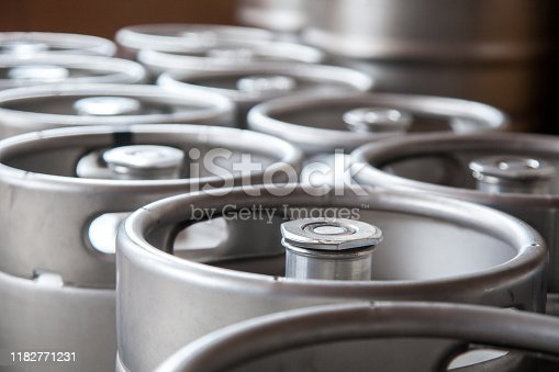 Stack of beer barrels (G connector)