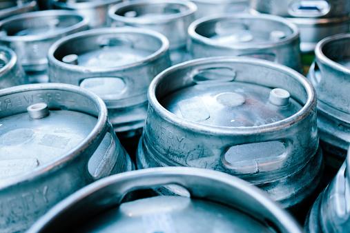 istock Beer barrels 521573637