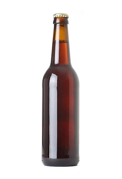 bierflasche - braunglasflaschen stock-fotos und bilder