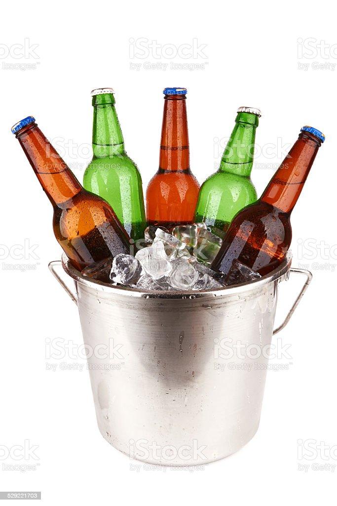 Garrafas de cerveja - foto de acervo