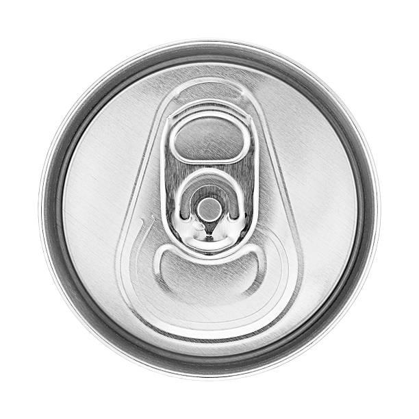 bier kann auf weiß - aluminiumkiste stock-fotos und bilder