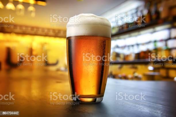 Beer in the pub picture id864704442?b=1&k=6&m=864704442&s=612x612&h=3jsuz9m eu9zqsuhl16sfqumbjiq2rg4ekv064psfms=