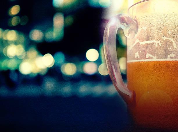 Le keg ou bière Fût de bière en arrière-plan - Photo