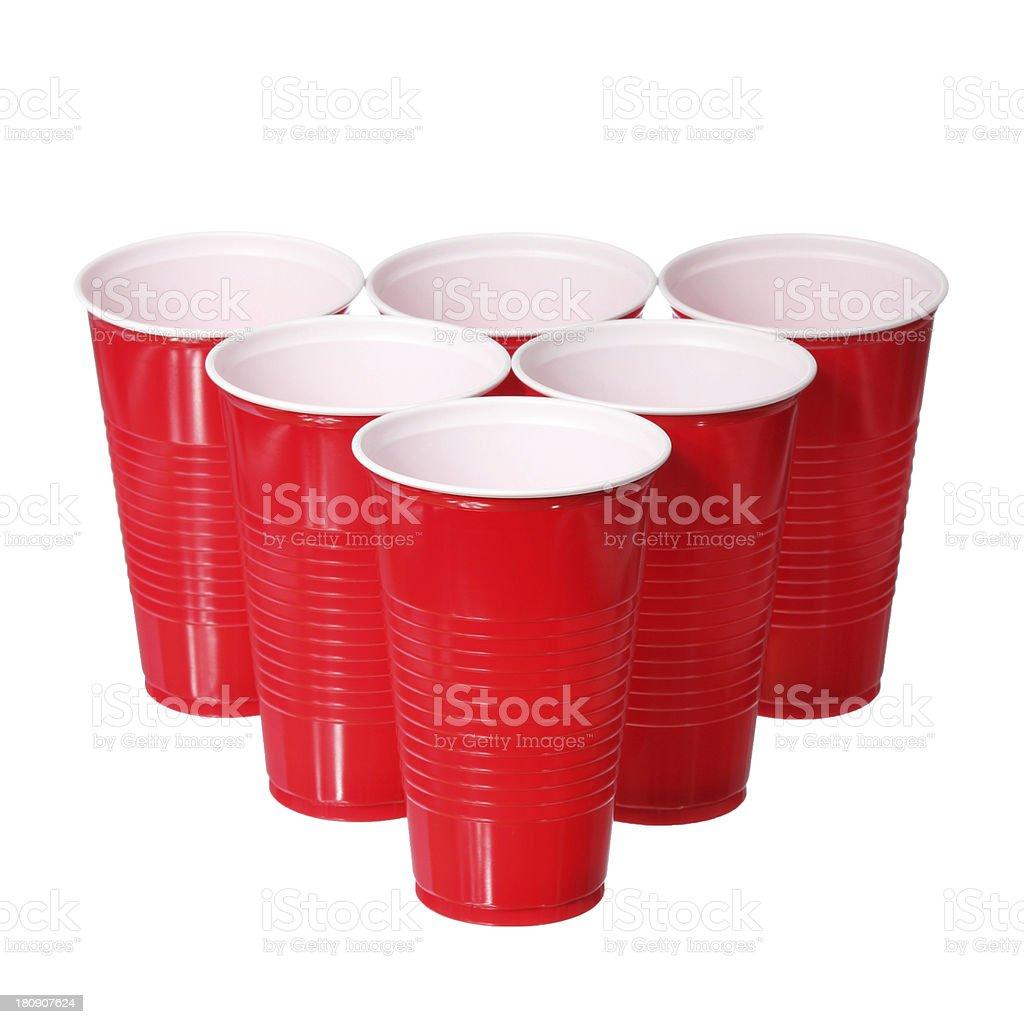 Cerveja-pongue. Red copo de plástico isolado - foto de acervo